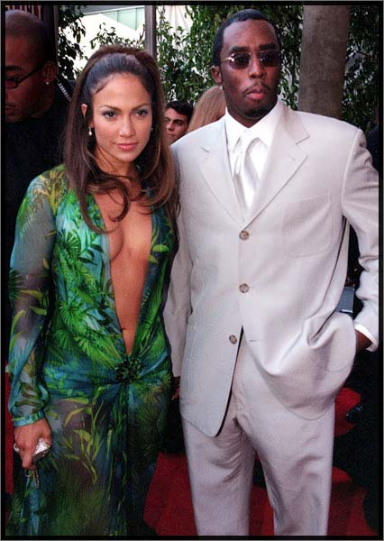 monochromatic suit for weddings