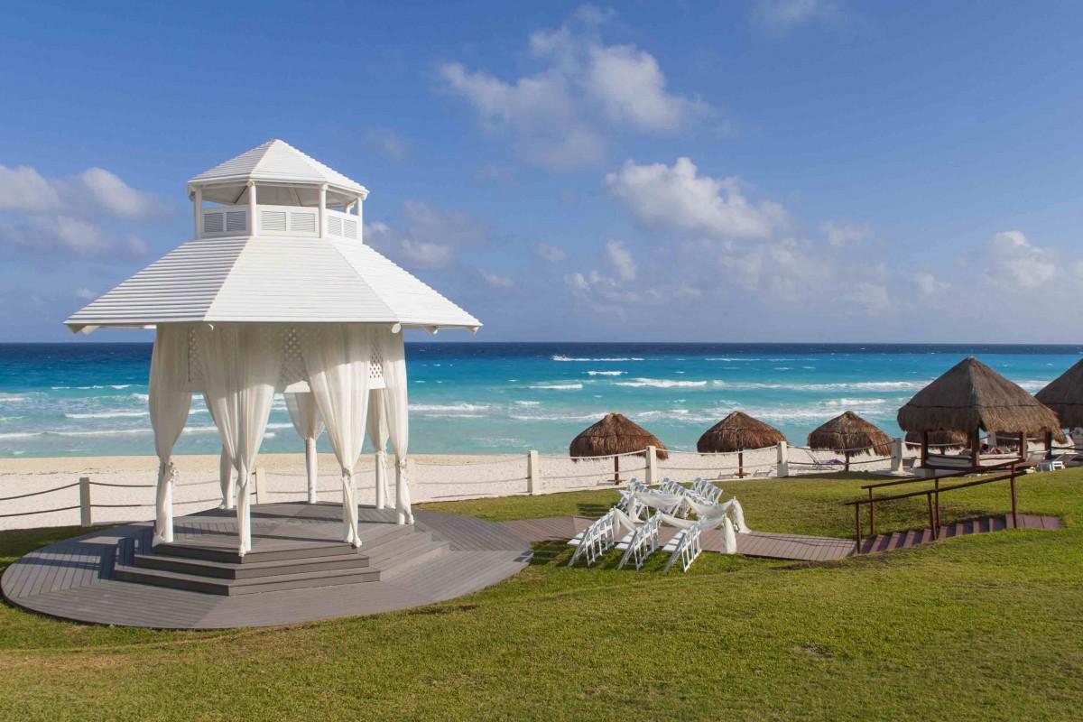 Paradisus Cancun by Sol Meliá destination wedding